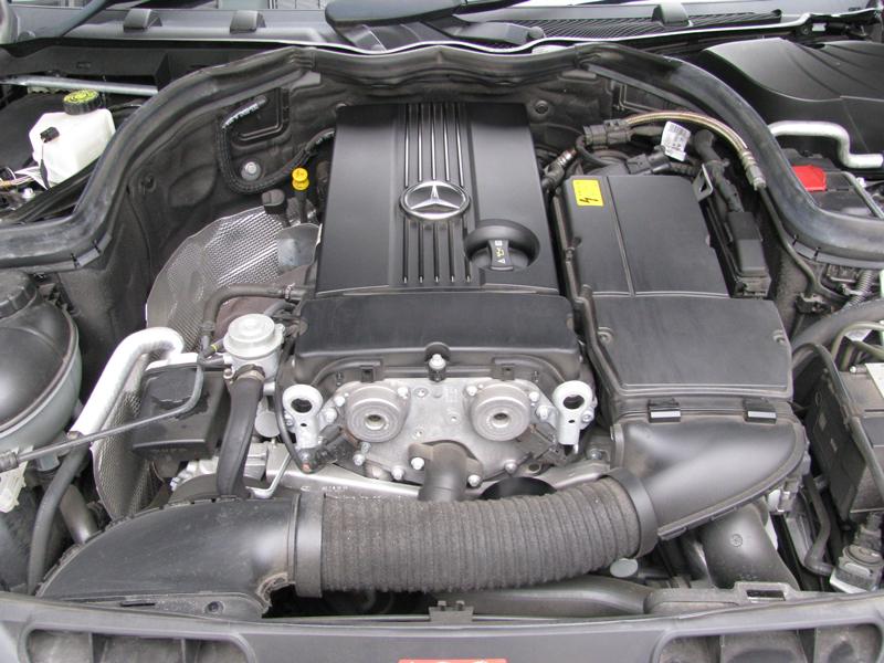 メルセデス・ベンツC200コンプレッサーワゴンアバンギャルドSパッケージ